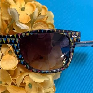 Foster Grant Accessories - NEW Boutique! Foster Grant Black/Multi Sunglasses